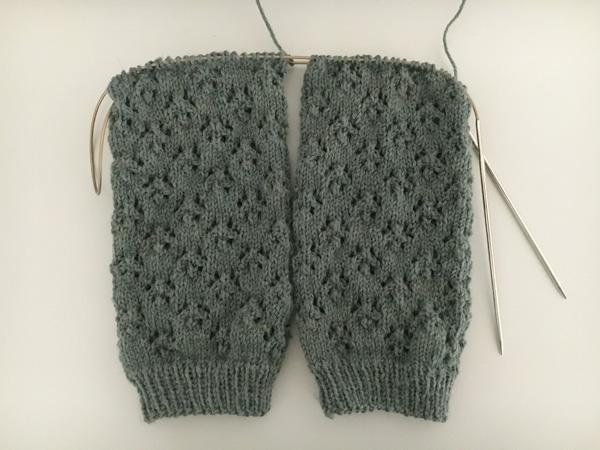 2,5 mm針でカーディガンを編みたい