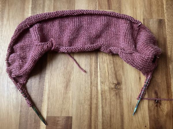 気まぐれに編み始めたセーター ~Driftwood